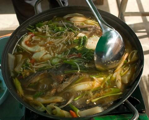 May-oon-tang