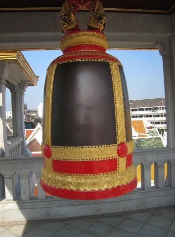 Wat Traimit Bell