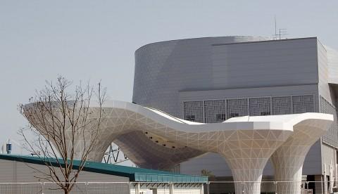 Korea pavilion sculpture