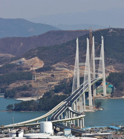 New bridge from Yeosu to Gwangyang