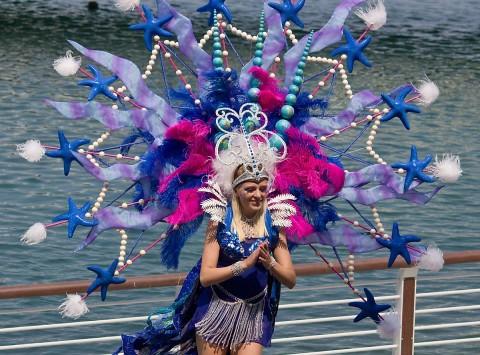 Ocean Show Performer