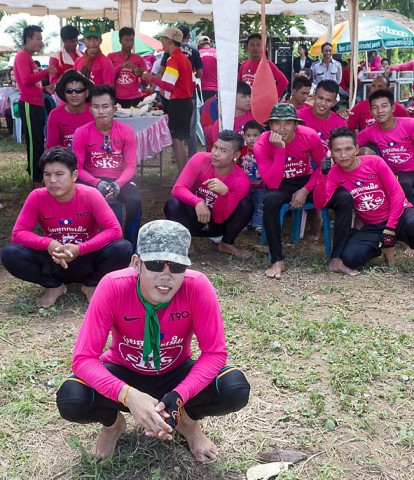 Sithanthai village boat racing team